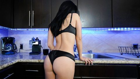 Big booty milf pictures